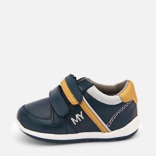 Кроссовки для мальчика Mayoral