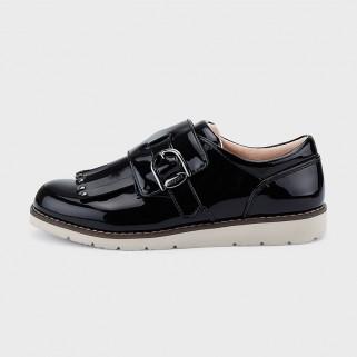 Черные туфли для девочки Mayoral